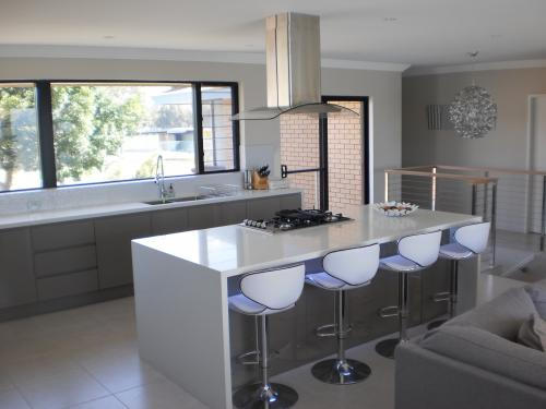 Australian Bathrooms  Kitchens